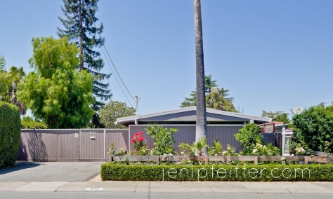 Authentic Eichler in the Rose Glen Neighborhood_Courtesy Jeni Pfeiffer